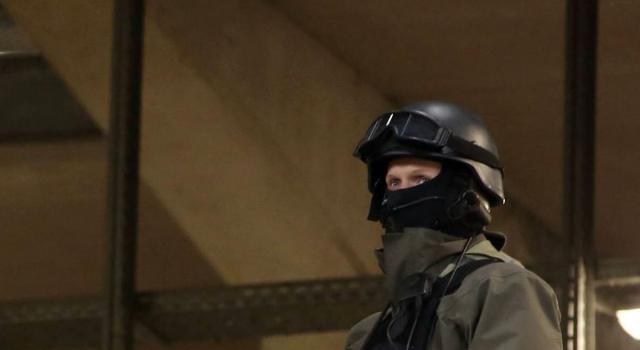 In libertà vigilata gli ex terroristi italiani arrestati in Francia. Bergamin e Ventura si costituiscono, Di Marzio in fuga