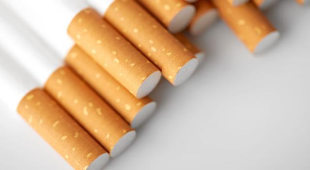 Coronavirus, i rischi per chi fuma