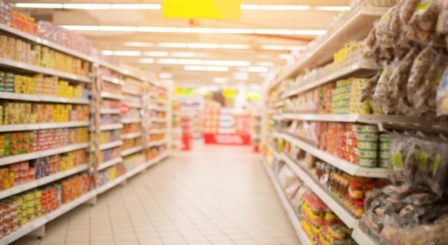 Cala lo spreco di cibo in Italia