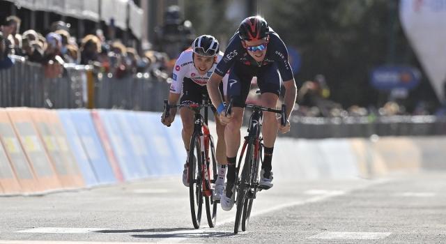 Giro d'Italia, Geoghegan Hart vince al Sestriere. Hidley la nuova Maglia Rosa