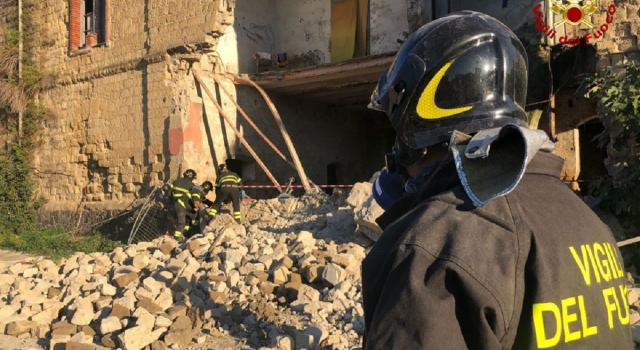 Palazzina crollata a Napoli, non ci sono feriti