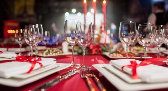 A Natale il cenone con i parenti di primo grado: chi possiamo invitare (e chi forse no)
