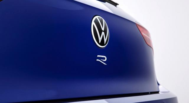 Presentata la nuova Volkswagen Golf R