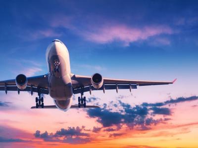 Il Boeing 737 MAX torna a volare dopo due incidenti e 20 mesi a terra