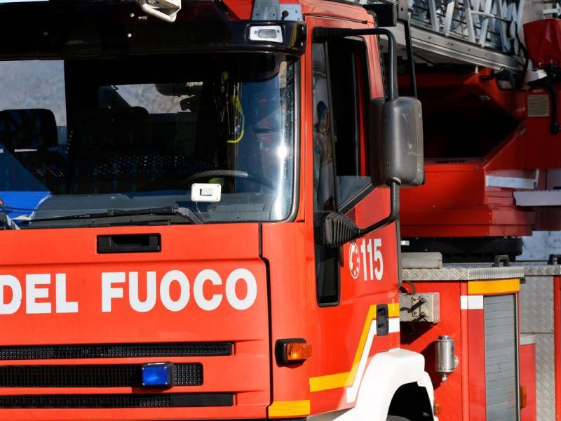 Nubifragio a Malpensa: decine di persone tratte in salvo dai Vigili del Fuoco, aeroporto allagato e voli sospesi per due ore