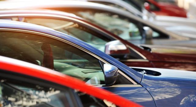 Renault abbassa il limite di velocità a 180 all'ora