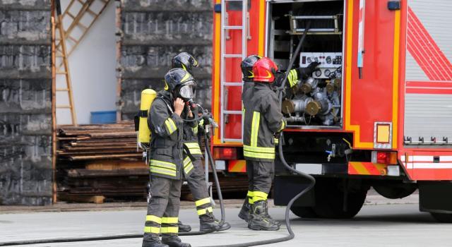 Roma, incendio in una roulotte: un morto