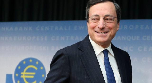 """Il Financial Times incorona Mario Draghi ma l'Italia """"delinquente"""" è uno scivolone"""
