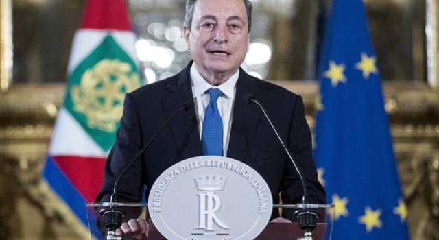 """Draghi: """"Il piano di vaccinazione sarà potenziato. Via d'uscita più vicina"""""""
