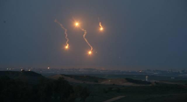 Medio Oriente, Israele e Hamas siglano il cessate il fuoco