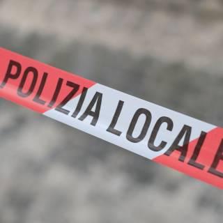 Attentato sventato a Roma, un ordigno posizionato su un'auto non è esploso