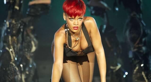 Rihanna entra nella classifica di Forbes: un patrimonio da oltre un miliardo di dollari