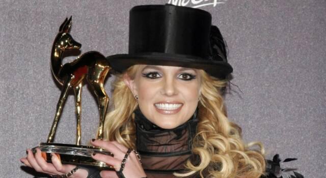Vince Britney Spears, il padre non sarà più il suo tutore legale