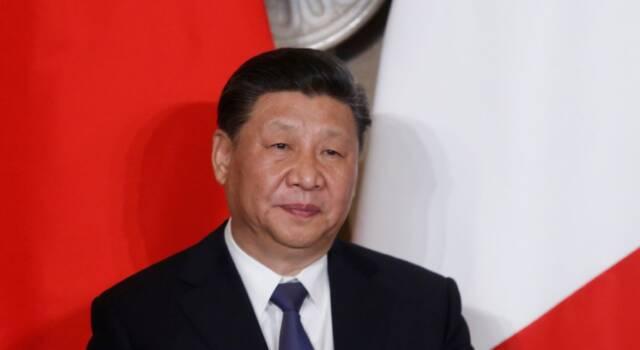 """Cina, Xi Jinping: """"Taiwan è una questione interna, non ammettiamo interferenze"""". Wsj: """"Forze Usa sull'isola in segreto da un anno"""""""