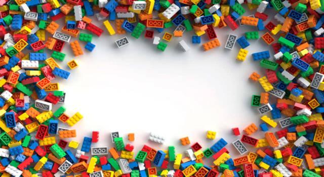"""L'annuncio della Lego: """"Niente più etichette di genere sui giocattoli"""""""